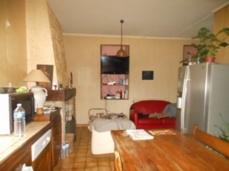 Property for Sale in Village house in Midi-Pyrenees, Tarn-et-Garonne, Midi-Pyrenees, Occitanie, France