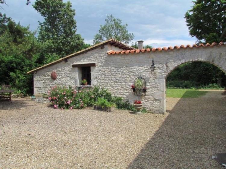Property for Sale in Vienne, Montmorillon, Nouvelle-Aquitaine, France