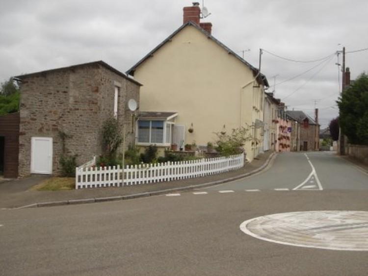 Property for Sale in Mayenne, Mayenne, Pays de la Loire, France