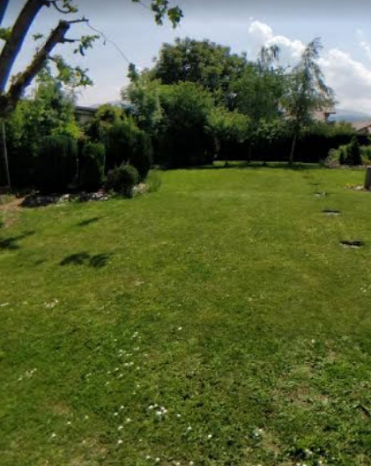 Property for Sale in Haute-Savoie, Saint-Julien-en-Genevois, Auvergne-Rhône-Alpes, France