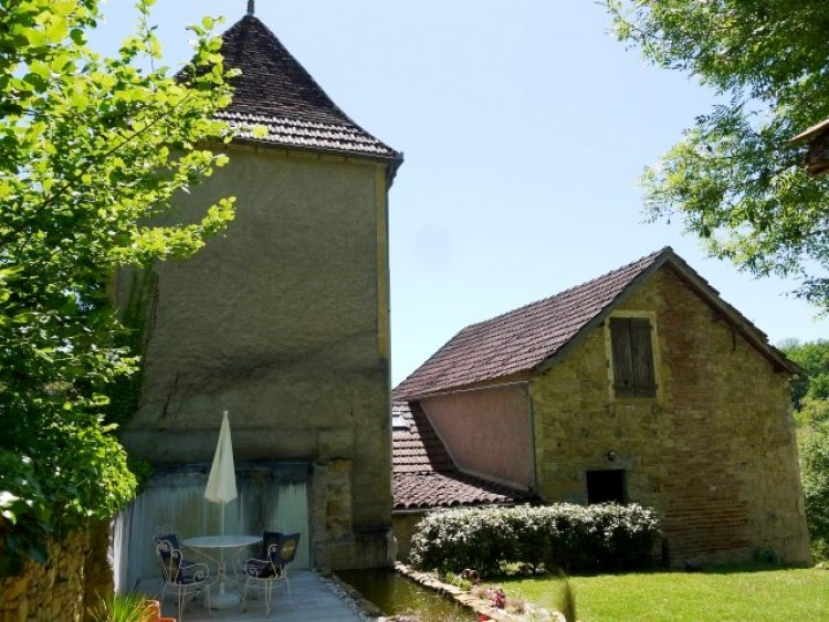 Property for Sale in Country House For Sale, Lot, Country House For Sale In Lot, Occitanie, France