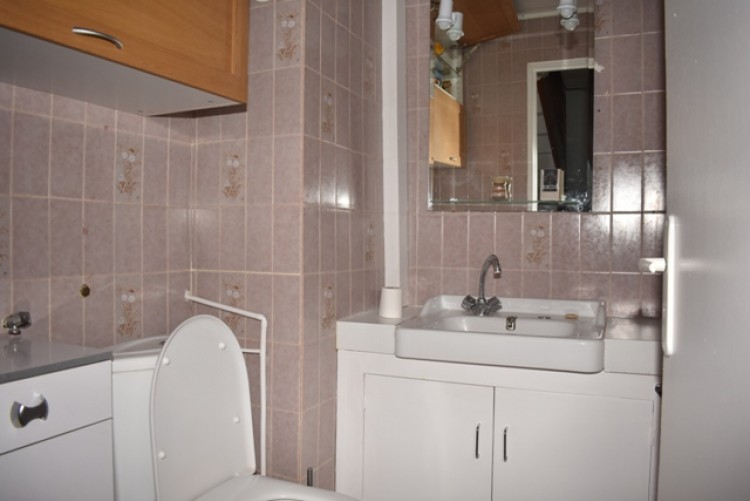 Property for Sale in Village house in Midi-Pyrenees, Tarn-et-Garonne, In a village with all amenities., Occitanie, France