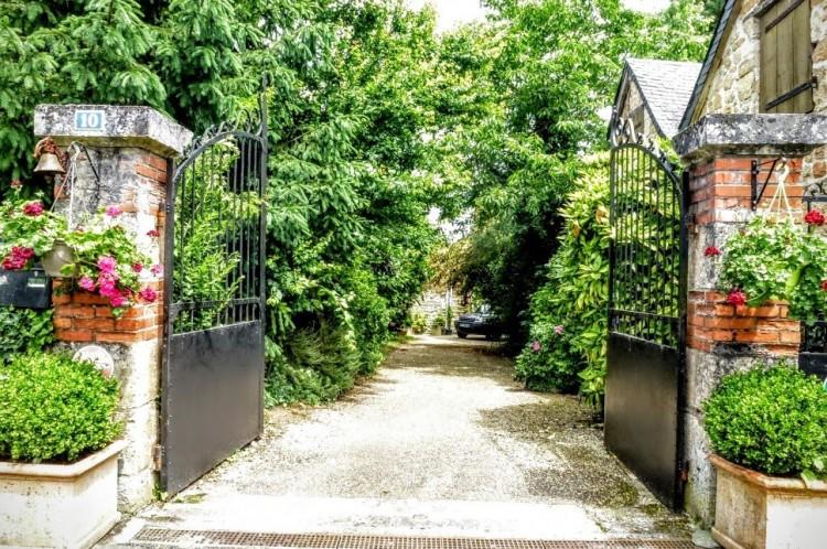 Property for Sale in Beautiful set of vineyard, Dordogne, Beauregard De Terrasson, France