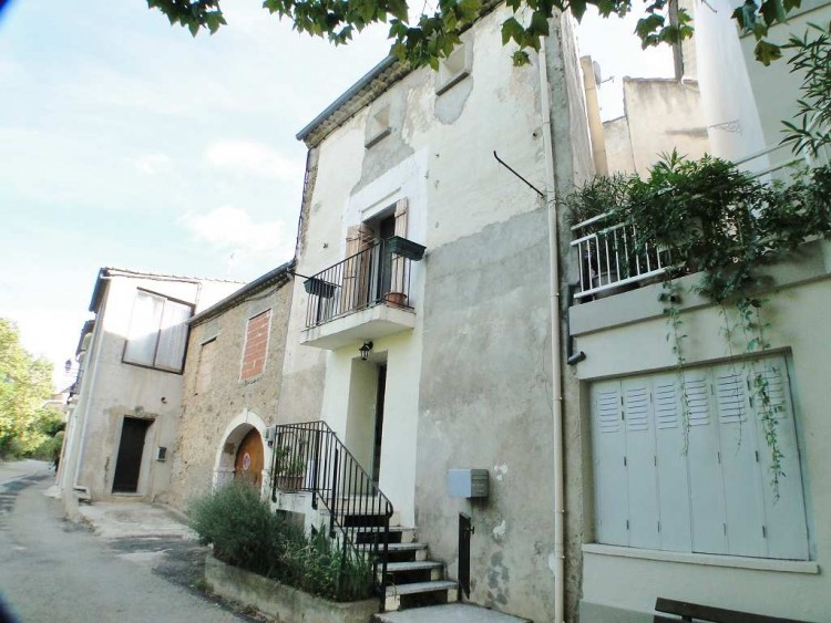 Property for Sale in * Village house of 100m2 with, Hérault, LAURENS, Occitanie, France