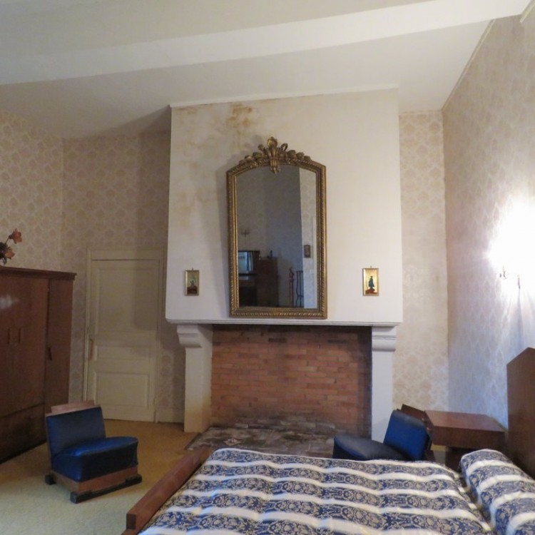 Property for Sale in 124HA mansion in one piece,, Dordogne, Chancelade, Nouvelle Aquitaine, France