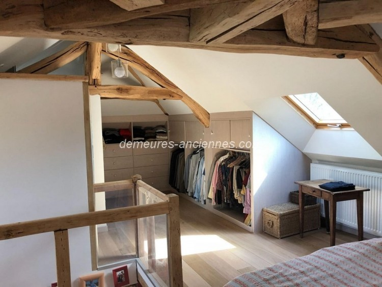 Property for Sale in CHARMING OLD, Oise, Hauts-de-France, France