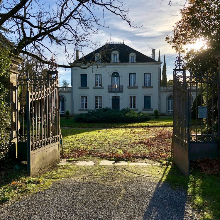 Property for Sale in On the CANAL du MIDI incredibl, Aude, Saint Martin Lalande, Occitanie, France