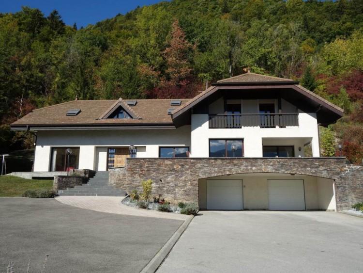 Property for Sale in Villa, Haute-Savoie, Auvergne-Rhône-Alpes, France