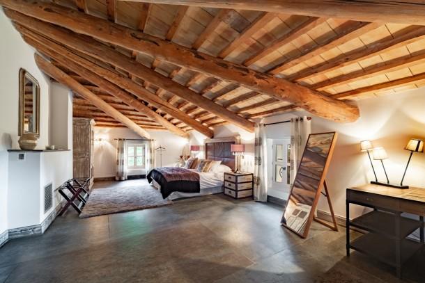 Property for Sale in Vaucluse, Provence-Alpes-Côte d'Azur, France