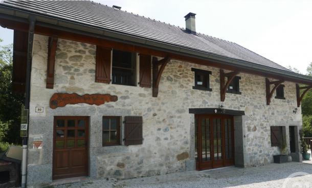 Property for Sale in Haute Savoie, Cruseilles, Auvergne-Rhône-Alpes, France