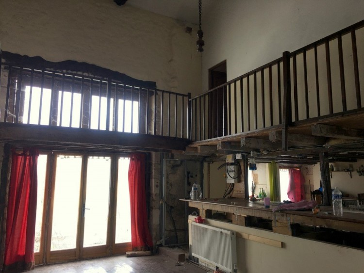 Property for Sale in Spacious family sized property with 3400m² plot in quiet hamlet location, Charente, Near Saint-Severin, Charente, Nouvelle-Aquitaine, France