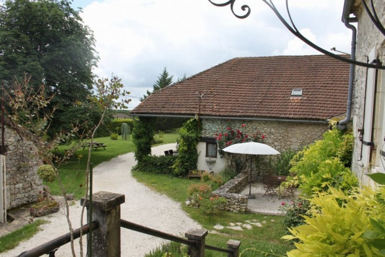 Property for Sale in Gite Complex with excellent rental record, Lot, Near ST MATRE, Lot, Occitanie, France