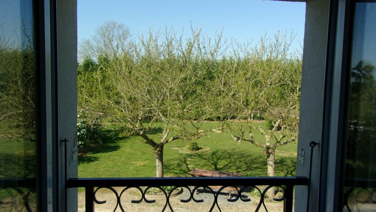 Property for Sale in Farmhouse with land, close to park and lake!, Vienne, Near Montmorillon, Vienne, Nouvelle-Aquitaine, France