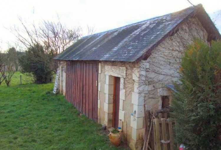 Property for Sale in Looking for a designer's touch!, Indre, Near Le Blanc, Indre, Centre-Val de Loire, France