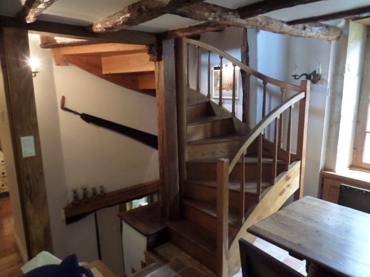 Property for Sale in 5 Star renovated Town House in great location, Lot, Near Prayssac, Lot, Occitanie, France