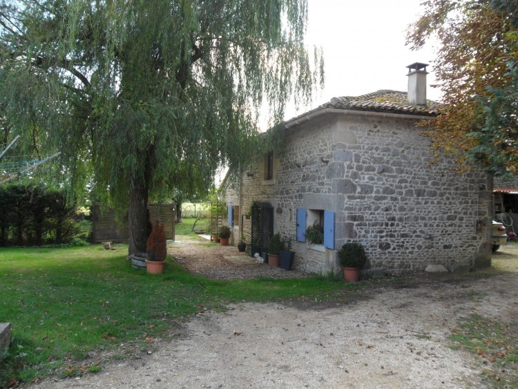 Property for Sale in Exceptionally spacious 5 bedroom family home and one bedroom cottage, Cher, Near Civray, Cher, Centre-Val de Loire, France