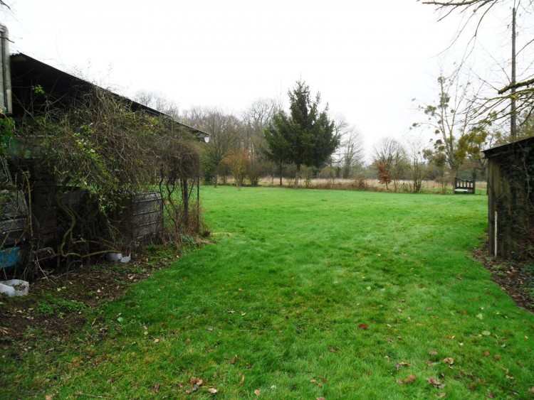 Property for Sale in Ideal for use as a small holding or for keeping horses, Vienne, Near La Chapelle-Bâton, Vienne, Nouvelle-Aquitaine, France