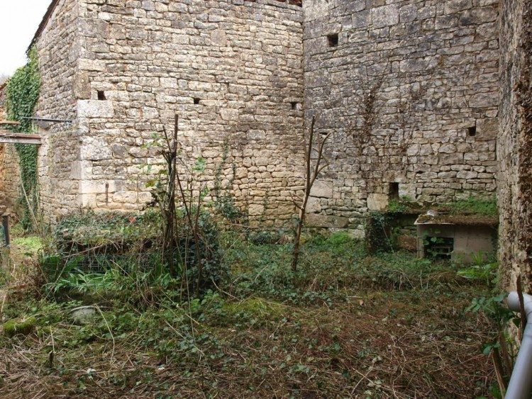 Property for Sale in 3 bed village house to renovate, walking distance to shops and restaurants, Charente, Near Ruffec, Charente, Nouvelle-Aquitaine, France