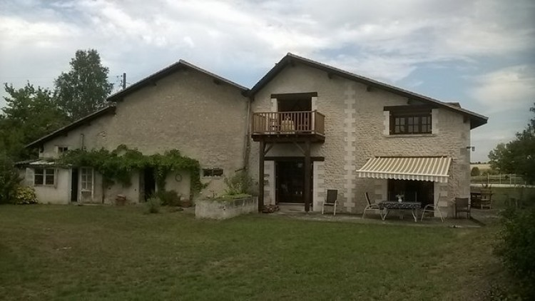Property for Sale in Beautiful views over Charente countryside, Charente, Near Saint-Séverin, Charente, Nouvelle-Aquitaine, France
