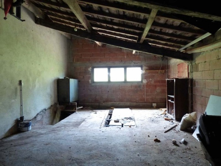 Property for Sale in Traditional, renovated stone property, Vienne, Near Mauprévoir, Vienne, Nouvelle-Aquitaine, France