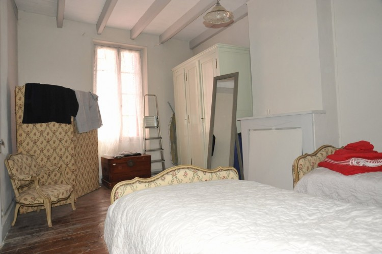 Property for Sale in Spacious renovated village house with balcony and fantastic views, Tarn-et-Garonne, Near Roquecor, Tarn-et-Garonne, Occitanie, France
