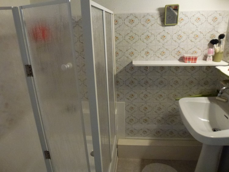 Property for Sale in House in the middle of a village, close to Montmoreau and Aubeterre sur Dronne, Charente, Near Aubeterre-sur-Dronne, Charente, Nouvelle-Aquitaine, France