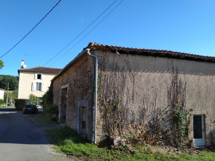 Property for Sale in Renovated Maison de Maitre with 3 bedrooms, Charente, Near Montbron, Charente, Nouvelle-Aquitaine, France