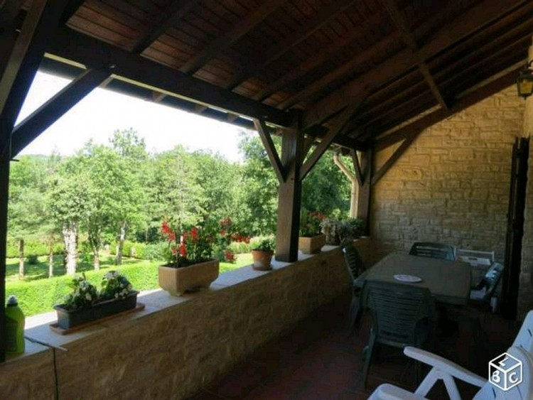 Property for Sale in Fortified farm house, Lot, Cahors, Occitanie, France