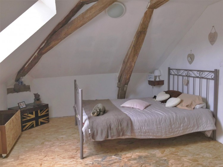 Property for Sale in 5 Beds, 3 baths, A steal at this price !, Vienne, Near Saint-Savin, Vienne, Nouvelle-Aquitaine, France