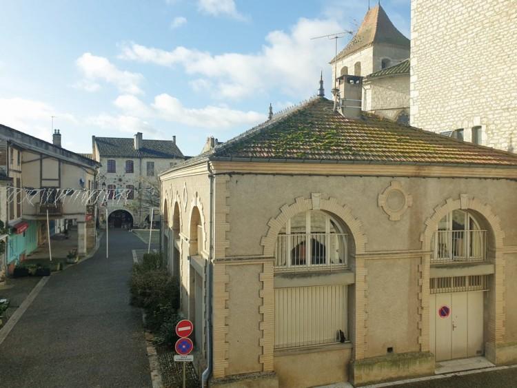 Property for Sale in Perfect fusion of history and  contemporary beauty...., Tarn-et-Garonne, Near Lauzerte, Tarn-et-Garonne, Occitanie, France