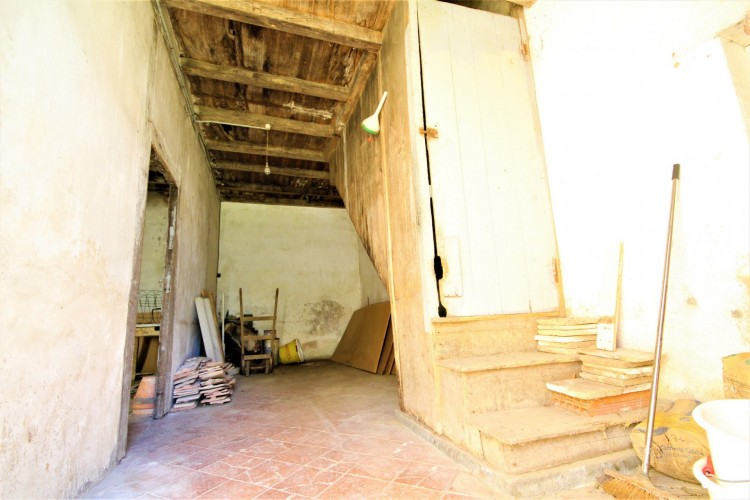 Property for Sale in Fabulous Opportunity to Renovate this Beautiful Traditional Farmhouse and Barns, Lot-et-Garonne, Near Castillonès, Lot-et-Garonne, Nouvelle-Aquitaine, France