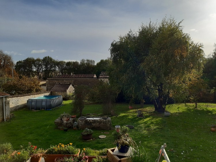 Property for Sale in Stone house 4 bedrooms, 2 shower rooms, Charente, Near Rouillac, Charente, Nouvelle Aquitaine, France