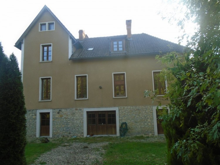 Property for Sale in Large detached house with 7 bedrooms and Bed and Breakfast potential., Dordogne, Near Vergt, Dordogne, Nouvelle-Aquitaine, France