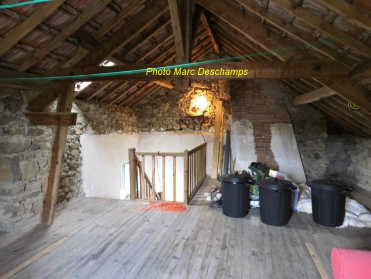 Property for Sale in For Sale House 4 Rooms Janaillat, Creuse, Nouvelle Aquitaine, France