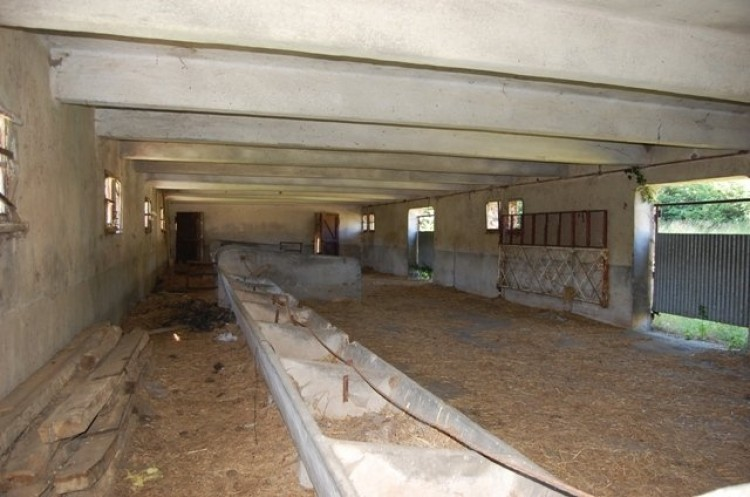 Property for Sale in For Sale Property 3 Rooms Bersac-sur-Rivalier, Haute Vienne, Nouvelle Aquitaine, France