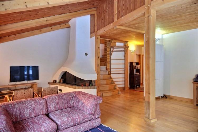 Property for Sale in Very nice house on a big garden, Savoie, Peisey-Nancroix, Auvergne-Rhône-Alpes, France