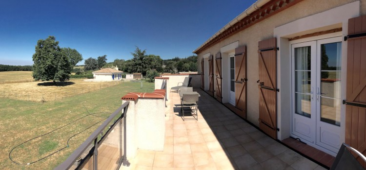 Property for Sale in Imposing quality villa 15 minu, Aude, Occitanie, France