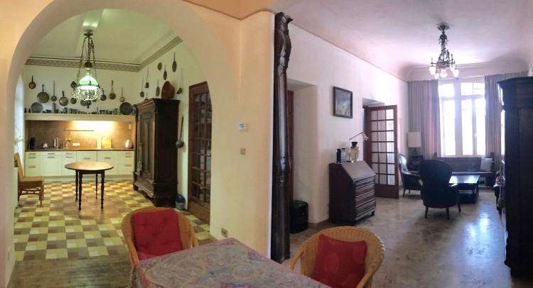 Property for Sale in Large village mansion with 3 g, Aude, Caunes Minervois, Occitanie, France