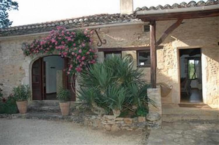 Property for Sale in House, Lot et Garonne, Saint Front Sur Lemance, Nouvelle-Aquitaine, France