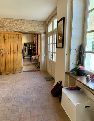 Property for Sale in Cote d'Or, Beaune, 21200 Beaune, Bourgogne-Franche-Comté, France