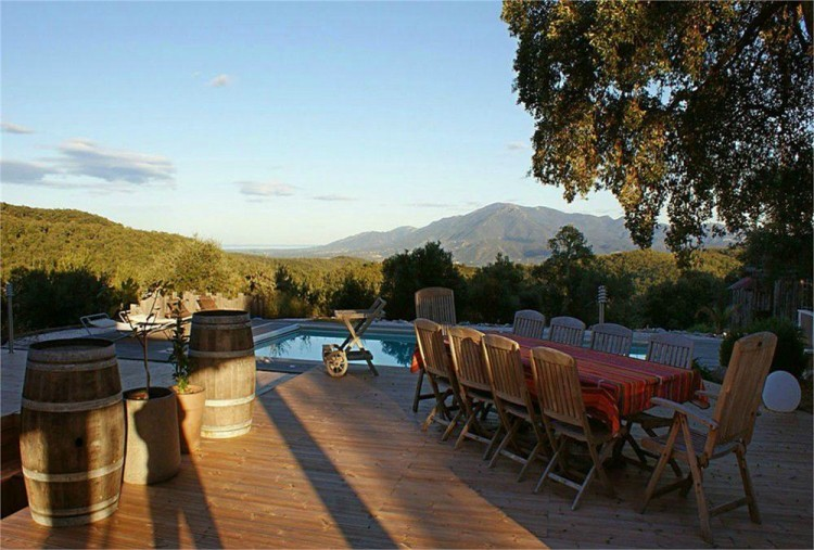Property for Sale in Country House With B+b Activity, Ceret Area, Pyrénées Orientales, Céret, Occitanie, France