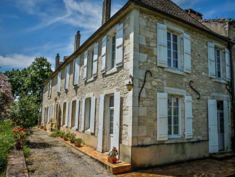 Property for Sale in House Villereal Ref :8212-Vi, Lot-et-Garonne, Villereal, Nouvelle-Aquitaine, France