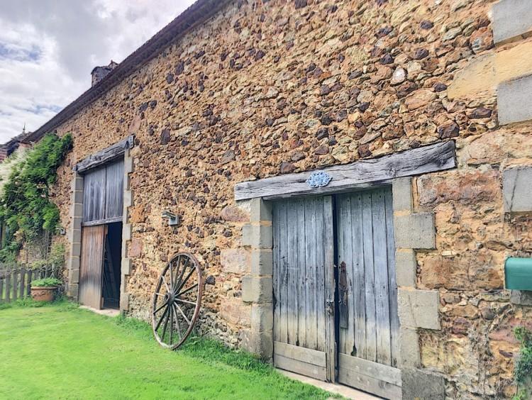 Property for Sale in House Belves Ref :8768-Stc, Dordogne, Belves, Nouvelle-Aquitaine, France