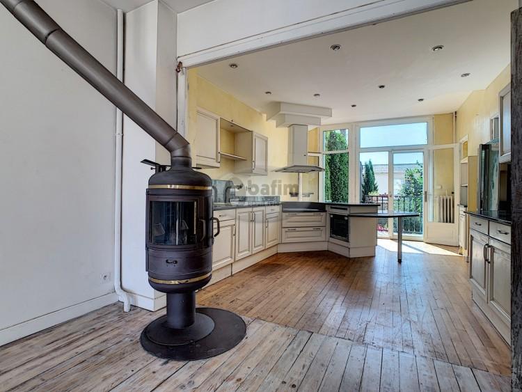 Property for Sale in Apartment with garden, Hautes-Pyrénées, Trie-sur-baïse, Occitanie, France