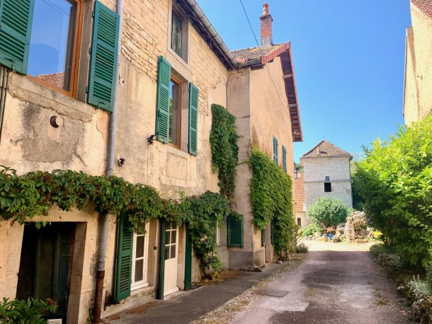 Property for Sale in Cote d'Or, Beaune, Beaune, Bourgogne-Franche-Comté, France