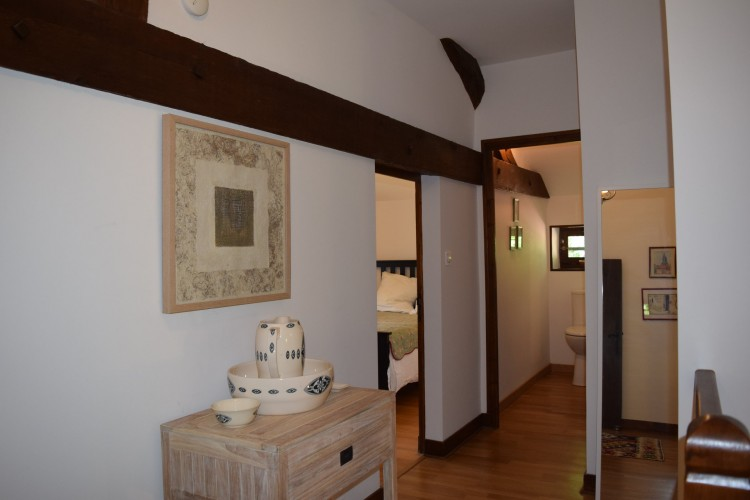 Property for Sale in Character 4 bed house, light and spacious, Dordogne, Near ST AULAYE, Dordogne, Nouvelle-Aquitaine, France