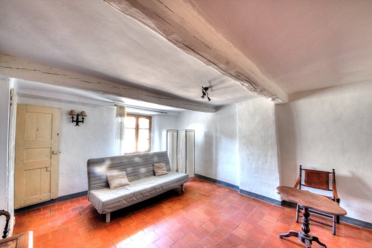 Property for Sale in House in Tourtour, Var, Provence-Alpes-Côte d'Azur, France