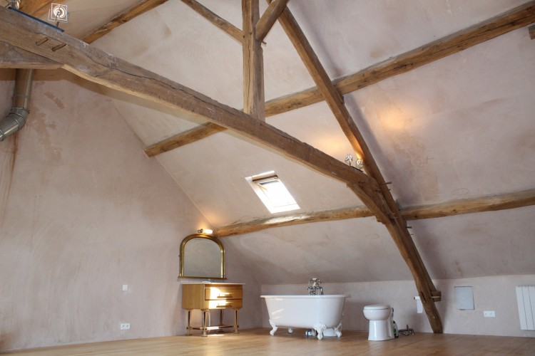 Property for Sale in Property beautifully crafted with love!, Indre, Near Éguzon-Chantôme, Indre, Centre-Val de Loire, France