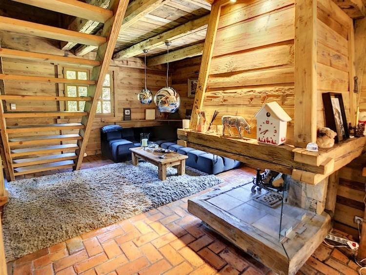 Property for Sale in Chalet in Praz-sur-Arly, Haute Savoie, Auvergne-Rhône-Alpes, France