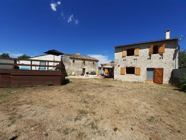 Property for Sale in Pretty 4 bed stone village house with outbuildings, Dordogne, Near Monestier, Dordogne, Nouvelle-Aquitaine, France